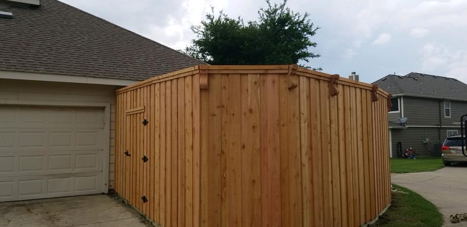 Wood Fence Company, Wood Privacy Fences, Cedar Fences, Picket Fences, Split Rail Fences Metro Dallas TX